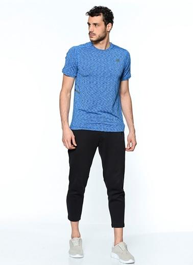 Tişört-New Balance